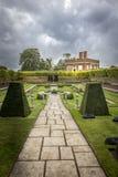 Jardín Hampton Court Fotos de archivo libres de regalías