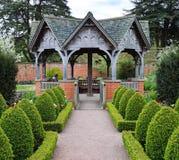 Jardín inglés formal Imagen de archivo libre de regalías