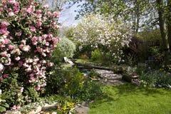 Jardín inglés típico Fotos de archivo
