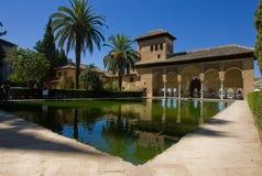 Jardín interior en Alhambra Fotos de archivo libres de regalías
