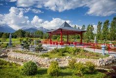 Jardín japonés en Almaty Foto de archivo