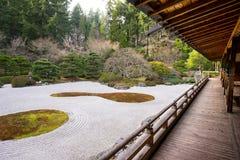 Jardín japonés tradicional Imágenes de archivo libres de regalías