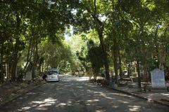 Jardín o Wat Than Nam Lai de la práctica de la religión de Mokkhaplaram Imagen de archivo libre de regalías