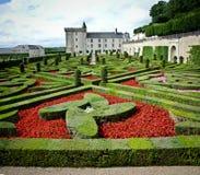 Jardín y castillo en villandry, Loire Valley, Foto de archivo libre de regalías