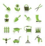 Jardín y herramientas que cultivan un huerto e iconos de los objetos Foto de archivo libre de regalías