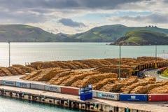 Jarda da madeira - mova Chalmers, Nova Zelândia com a madeira pronta para e Imagens de Stock