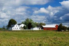 Jarda de exploração agrícola imagens de stock royalty free