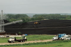 Jarda pesada do equipamento e de carvão Imagem de Stock Royalty Free