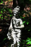 Jardim Art Goddess Girl na floresta fotos de stock royalty free