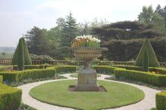 Jardim da mola em uma HOME esplêndido Imagens de Stock Royalty Free