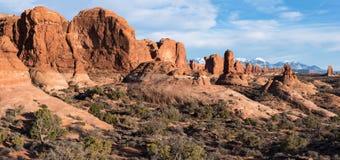 Jardim de Eden Panorama com monólitos e arcos no parque nacional dos arcos foto de stock royalty free