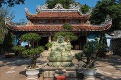 Jardim de Linh Ung Pagoda, montanhas de mármore, cinco elementos m fotografia de stock royalty free
