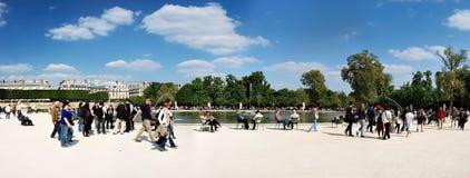 Jardim de Tuileries perto da grelha em Paris Fotografia de Stock