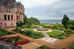 Jardim do castelo foto de stock royalty free