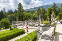 Jardim do castelo de Peles foto de stock royalty free