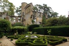 Jardim do castelo de Sudeley em Inglaterra, Europa Imagens de Stock Royalty Free