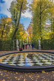 Jardim do verão em St Petersburg Fotos de Stock