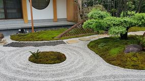 Jardim do zen e a ilha Fotografia de Stock