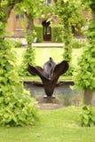 Jardim inglês, casa do knebworth, Inglaterra podado imagens de stock royalty free