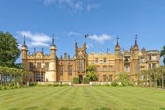 Jardim inglês, casa do knebworth, Inglaterra podado e corte imagem de stock royalty free
