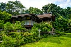 Jardim japonês botânico japonês de Okochi Sanso do santuário da casa fotos de stock