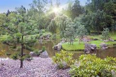 Jardim japonês no parque Kadriorg em Tallinn, Estônia Foto de Stock Royalty Free