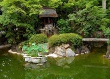 Jardim japonês verde foto de stock
