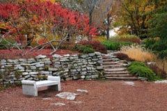 Jardim no outono Fotografia de Stock Royalty Free