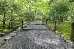 Jardim no templo de Tenryu-ji, Kyoto, Japão Imagens de Stock Royalty Free