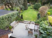 Jardim suburbano Reino Unido imagem de stock
