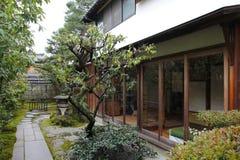 Jardim tradicional japonês do zen Imagens de Stock