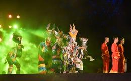 Jardim vermelho 2017 do poinesettia do festival aberto de Phi Ta Khon Dance Show Imagens de Stock