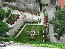 Jardin chez Meteora Photographie stock libre de droits