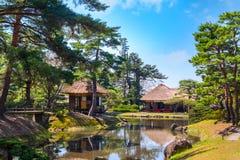 Jardin d'herbes aromatiques médicinal d'Oyakuen dans la ville d'Aizuwakamatsu, Fukushima, Japon photographie stock