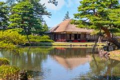 Jardin d'herbes aromatiques médicinal d'Oyakuen dans la ville d'Aizuwakamatsu, Fukushima, Japon photographie stock libre de droits