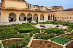 Jardin de Charbagh dans la troisième cour d'Amber Fort, Ràjasthàn, Photographie stock