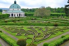 Jardin de fleur dans Kromeriz, préposé du service tchèque. Images stock