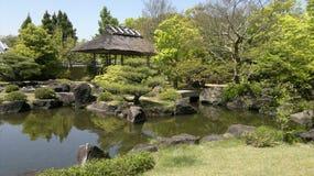 Jardin de Himeji avec l'étang au Japon Photo libre de droits