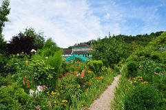 Jardin de Monet dans Giverny image libre de droits