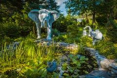 Jardin de Monsieur Eds Elephant Museum Photo stock