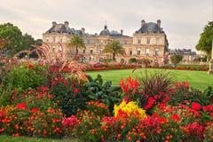 Jardin Du Люксембург и дворец в Париже Франции Стоковое Изображение