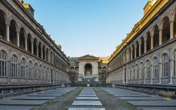 Jardin du l'hôtel-Dieu à Paris Photos stock