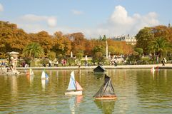 Jardin du luxembourgeois de Paris, France Photographie stock libre de droits