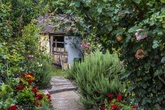 Jardin fleurissant photographie stock libre de droits
