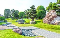 Jardin japonais de bonsaïs au Vietnam Image libre de droits