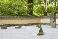 Jardin japonais de zen de roche Photos libres de droits