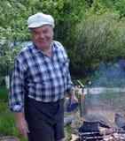 Jardin, les gens, extérieur, aîné, agriculteur, personne, nature, vieille, hommes, jeune, faisant du jardinage, été, marchant, tr photos stock