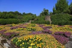 Jardin modelé d'édredon à Asheville la Caroline du Nord images libres de droits
