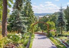 Jardin patriarcal dans Vladimir Russie photos libres de droits