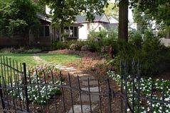 Jardin privé d'arrière-cour Photos stock